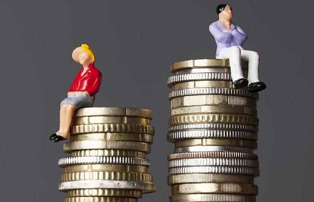 Directores ganan un 25% más que sus pares mujeres en las empresas de Uruguay
