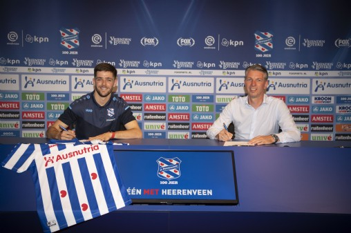 Joaquín Fernández firmó contrato con SC Heerenveen hasta 2023